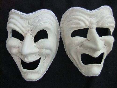 White-crackle-effect-pair-of-tragedy-comedy-masks-574-p